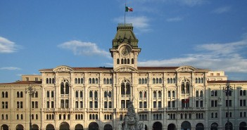 La libreria dell'Antico Caffè San Marco a Trieste