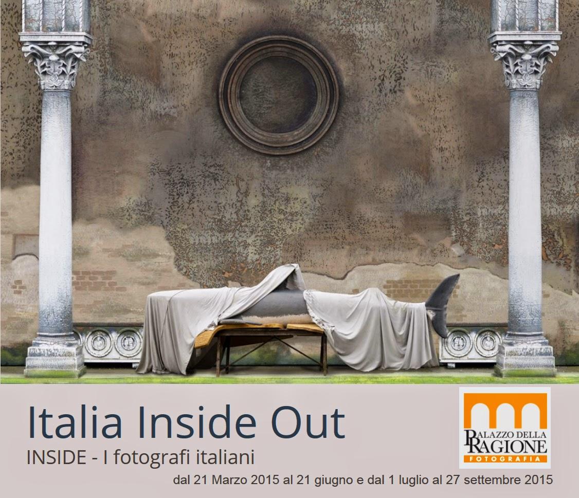 La locandina della mostra Italia Inside Out