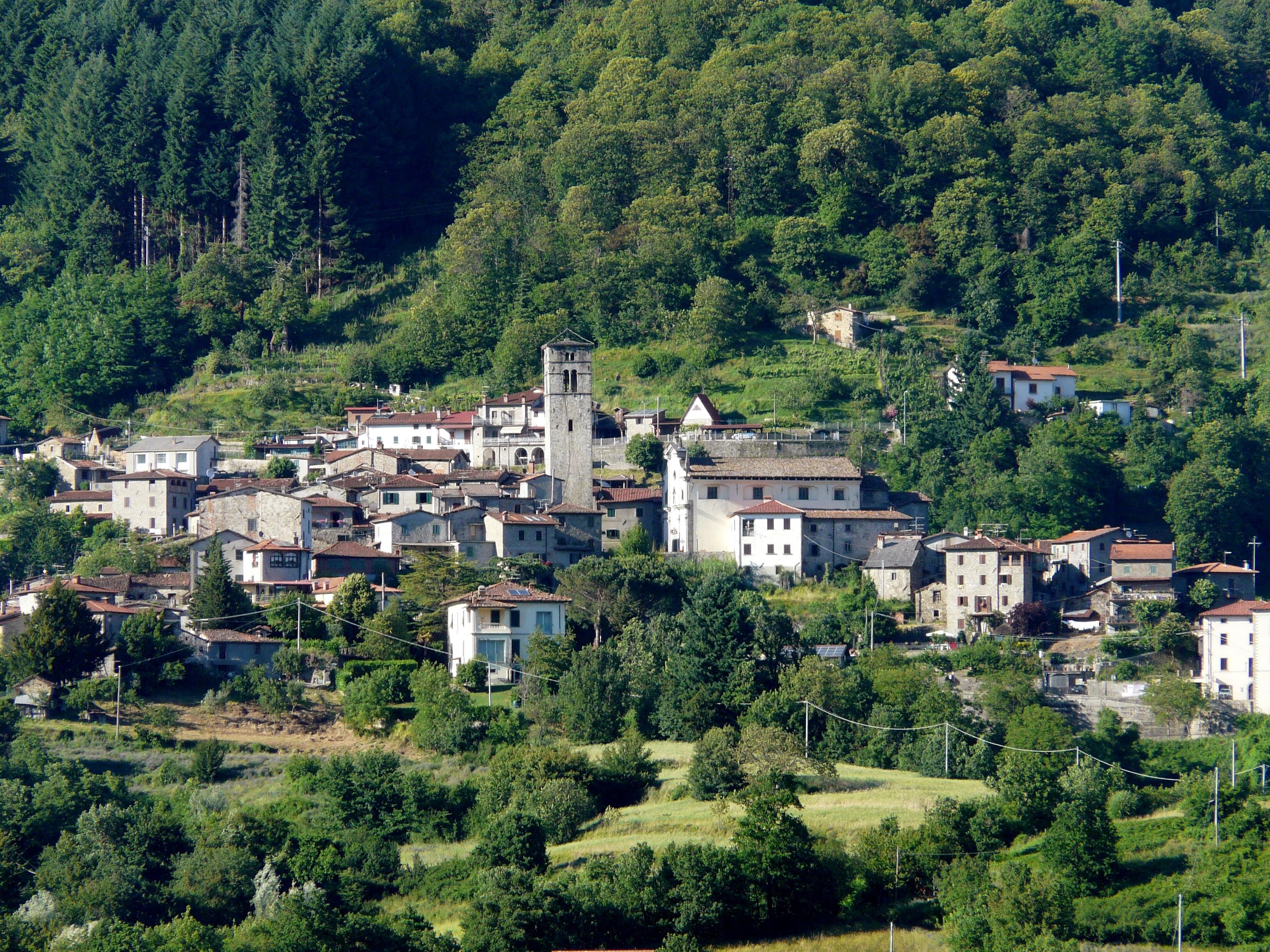 San_Romano_in_Garfagnana-panorama6