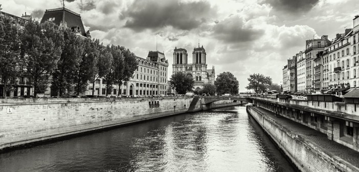 paris-832144_960_720
