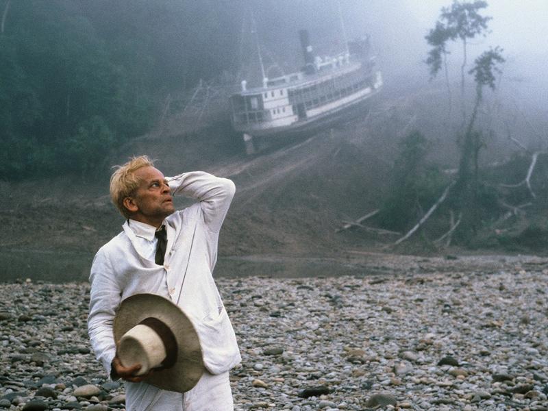 """Una scena di """"Fitzcarraldo"""" di Werner Herzog"""