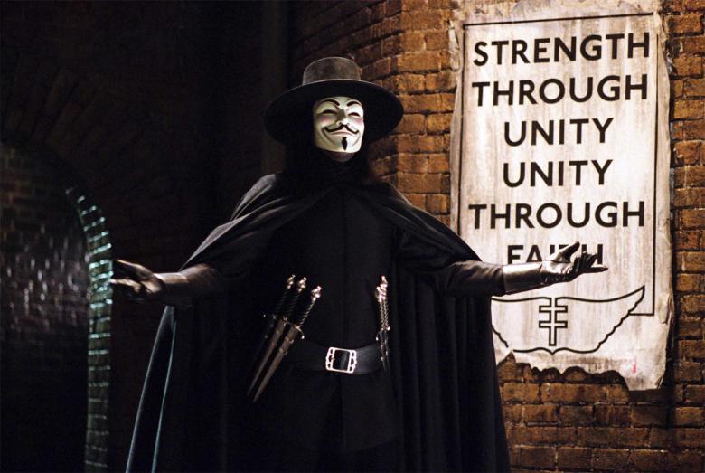 """Una scena del film """"V per Vendetta"""""""