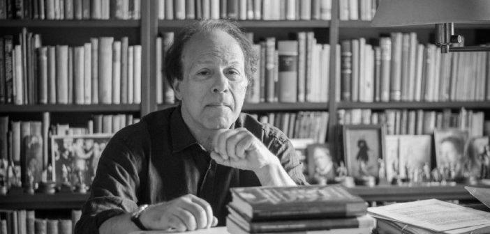 Ogni realtà è necessariamente parziale: intervista a Javier Marías
